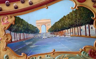 Arch de Triomphe and road - small