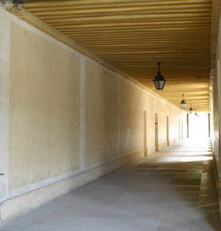 Corridor small