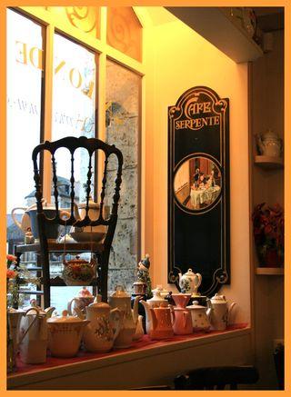 Cafe Serpente 1 small