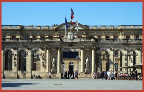 Bordeaux Hotel de Ville